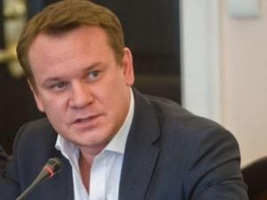 """""""Wzywam Panią i proszę o reakcję"""". Tarczyński apeluje do Nowackiej ws. skandalicznego transparentu"""