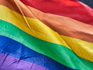 W Turcji aresztowano dwóch studentów za plakat z flagami LGBT na tle świątyni Al-Kaba