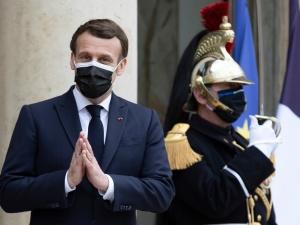 Francuscy lekarze wystąpili przeciwko rządowej strategii walki z koronawirusem