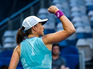 Iga Świątek w kolejnej rundzie Australian Open!