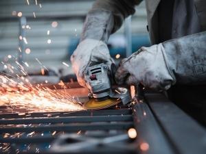 MRPiT: Polska na drugim miejscu w UE we wzroście w produkcji przemysłowej
