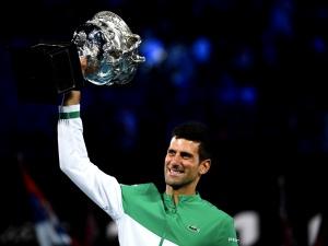 Novak Djokovic zwycięzcą Australian Open. Miedwiediew bez żadnych szans