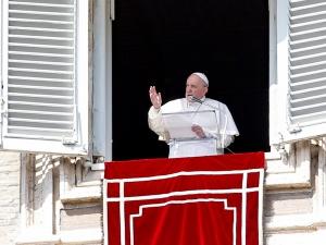 Watykan: Papież zalecił wiernym post od plotek i oszczerstw
