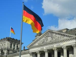Skandal w Bundestagu! Afera maseczkowa i lobbowanie za kaukaskie pieniądze