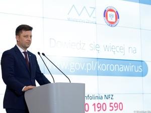 Co dalej ze szczepieniami preparatem AstraZeneca w Polsce? Szef KPRM zabiera głos