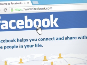 Cenzury ciąg dalszy? Facebook zapowiada walkę z dezinformacją na temat szczepionek