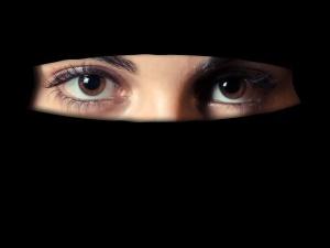Skandal! Meczet oferuje książkę o biciu żon i zabijaniu krytyków islamu