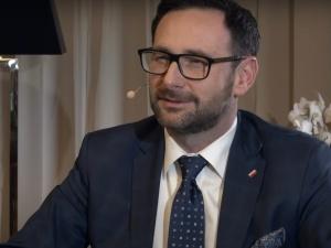 Nadziejo Polski.... Wyborcza nie wytrzymała ciśnienia? Pisze Litanię do Obajtka