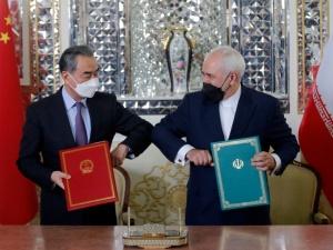 Iran i Chiny zacieśniają sojusz. Podpisali rekordową umowę?