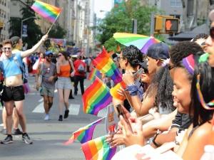 Eduquer toute la société sur les questions LGBTQI?