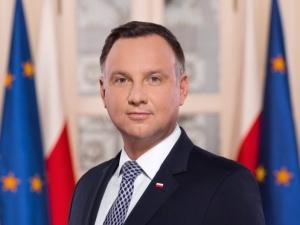 Prezydent Duda reaguje na materiał Wiadomości TVP