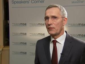 Stoltenberg: NATO zdecydowanie wspiera suwerenność i integralność terytorialną Ukrainy