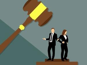 Prawy Sierpowy: Aaaaa zatrudnię pilnie reformatora sądów!