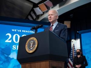 Politico: Joe Biden rozważa wysłanie dodatkowej broni Ukrainie