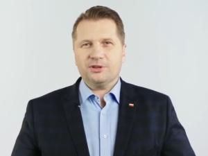 Minister Czarnek: podpisałem rozporządzenie o powrocie do szkół dzieci z klas I-III