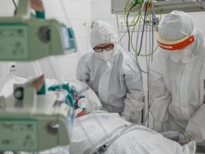 31-letni mistrz olimpijski z polskimi korzeniami walczy w szpitalu z COVID-19. Oddycha dzięki masce tlenowej