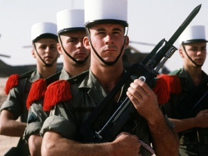 Interview du général Martinez: notre lettre est un cri d'alarme