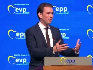 Kłopoty kanclerza Austrii Sebastiana Kurza. Grożą mu 3 lata więzienia