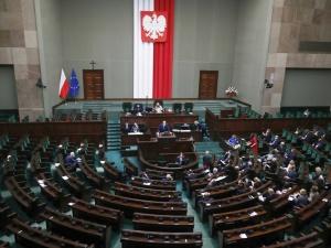 [najnowszy sondaż] Większość Polaków... chce wcześniejszych wyborów! Dobre wieści dla KO, fatalny wynik Lewicy