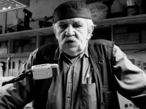 Nie żyje Janusz Tryzno. Znany grafik, twórca Muzeum Książki Artystycznej w Łodzi