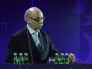 """Z. Kuźmiuk: Część posłów w PE uważa, że przy pomocy tzw. warunkowości będą """"obalać"""" rządy"""