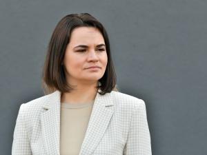 Były senator PO o Cichanouskiej: w co i po co gra ta dama, promując w Polsce PO...