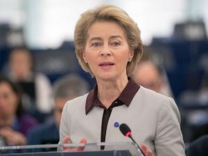 Przewodnicząca KE:  Ponad 50 proc. dorosłych Europejczyków otrzymało co najmniej jedną dawkę szczepionki