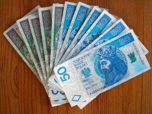 Rzecznik MŚP chce wydłużenia pomocy z tarczy branżowej dla niektórych branż