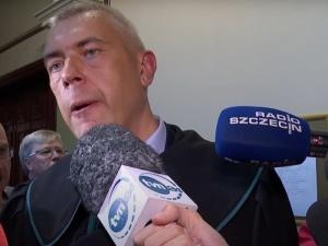 Nieoficjalnie wiadomo, że ma zapewnione poparcie Tuska. Giertych prawdopodobnym kandydatem do zastąpienia Staroń w Senacie