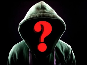 Prawy Sierpowy: Tajne łamane przez poufne...