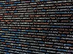 Ogromna skala ataku hakerów. Żaryn: Grupa ma powiązania z rosyjskimi służbami