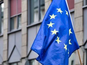 """Paradne! UE ostrzega przed migracją? """"Budzi poważne obawy"""""""
