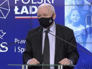 """[WIDEO] Oświadczenie Jarosława Kaczyńskiego. """"PiS ma z powrotem 230 posłów"""""""