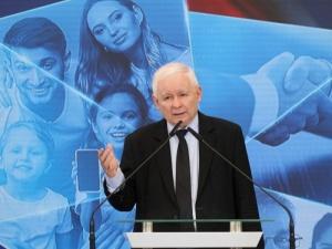 Kaczyński powinien odejść z rządu? Zobacz co myślą wyborcy