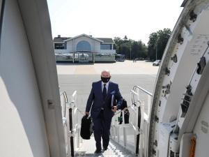 Wizyta szefa MSZ na Litwie. Samolot nie mógł wylądować