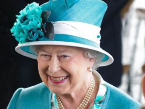 Finał Euro 2020. Piłkarze ze wsparcie od... królowej Elżbiety II
