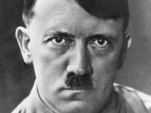 Niemiecki refleks. Chcą pozbawić Hitlera honorowego obywatelstwa. Dlaczego dopiero teraz?