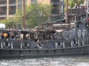 [video] Gdańsk: Zderzenie statku Czarna Perła i pogłębiarki na Motławie. Załoga statku pod wpływem alkoholu