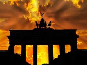 [Nasz HIT] Dr Rafał Brzeski: Czy Niemcy są państwem suwerennym? W świetle obowiązujących dokumentów niezupełnie