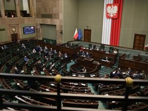 [najnowszy sondaż] Wrócił Tusk, koniec fenomenu Hołowni? Bardzo słaby wynik Polski 2050