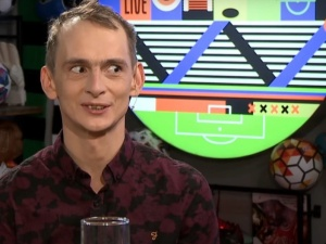 """Były dziennikarz TVP Info zmierzy się z Jasiem Kapelą na galiMMA. """"Każda okazja, żeby spuścić łomot…"""""""