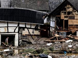 Niemcy: Ciągle rośnie liczba ofiar powodzi. Nowe informacje