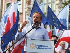 Tusk: Panie Kaczyński, wyjdź z tej jaskini, stań do debaty. Mocna odpowiedź Marka Suskiego