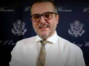 Amerykański dyplomata: Bezpieczeństwo energetyczne Polski to priorytet w relacjach PL-USA. Internauci odpowiadają