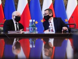 Kluczowe dla PiS zadanie w rękach Morawieckiego. Powierzył mu je sam Jarosław Kaczyński