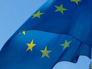 Prawy Sierpowy: Stara UE umiera, stwórzmy nową lepszą!