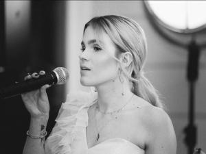 Caroline Jop: Pisanie o słoneczku i ptaszkach mnie nie kręci