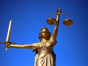 """""""Solidarność"""" wzywa Rząd RP do przywrócenia ławników sądowych w…"""