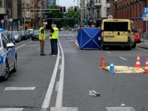 Zginęła pod kołami autobusu. Skandaliczna fala hejtu pod adresem zabitej 19-latki