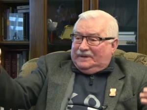 """""""Patrioci, głosujcie na Tuska"""". Wałęsa rozpływa się nad byłympremierem"""